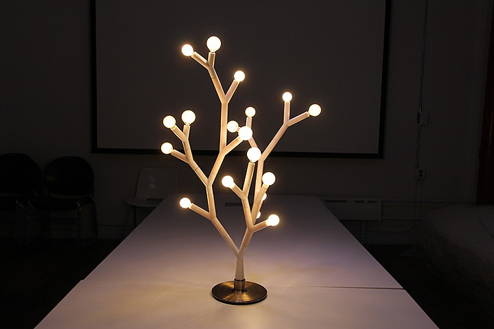 Branch-Like Lamps: Nature-Inspired Lighting System
