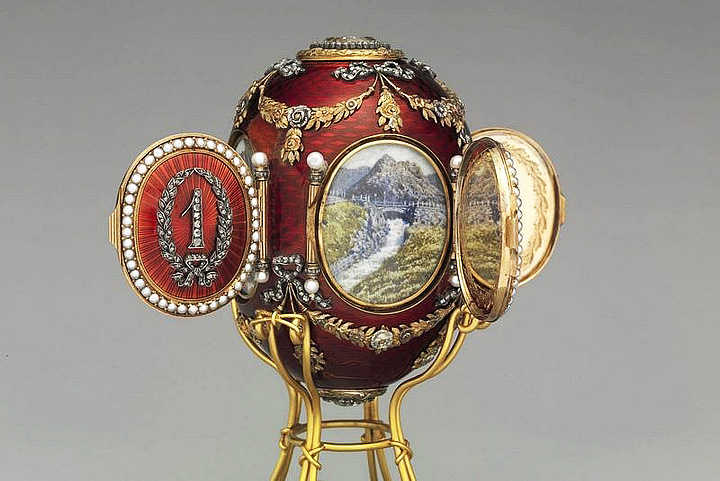 Fabergé eggs - Mementos of a Doomed Dynasty