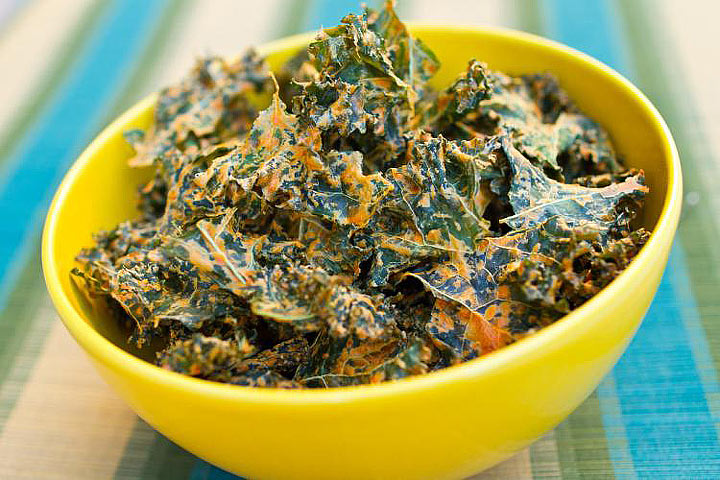 Turmeric Kale Chips - Healthy Snack