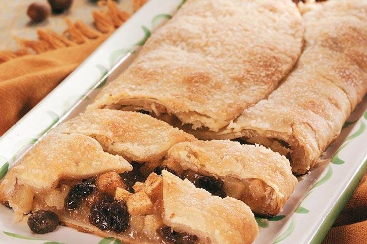 Easy Apple Raisin Pie Slices
