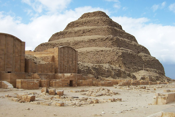10 Oldest Buildings in the World