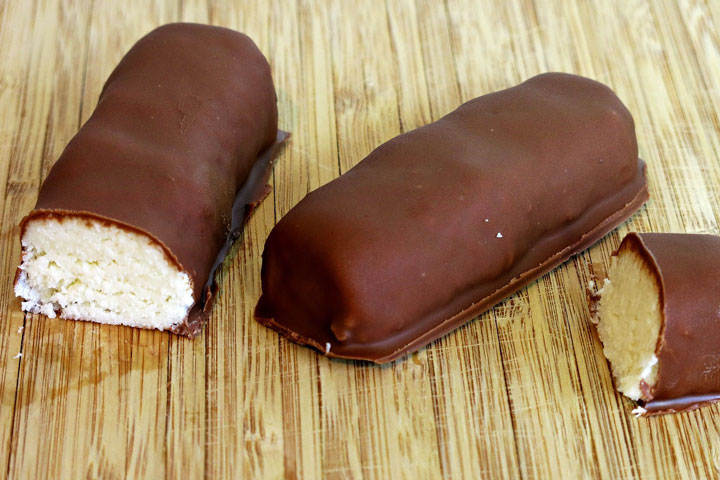 Easy Homemade Bounty Bars Recipe