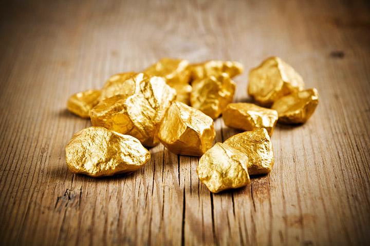 Australian Prospector Finds $190K Gold Nugget!
