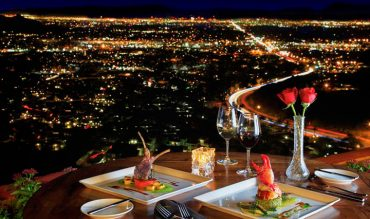 15 Amazing Restaurants With Delightful Views