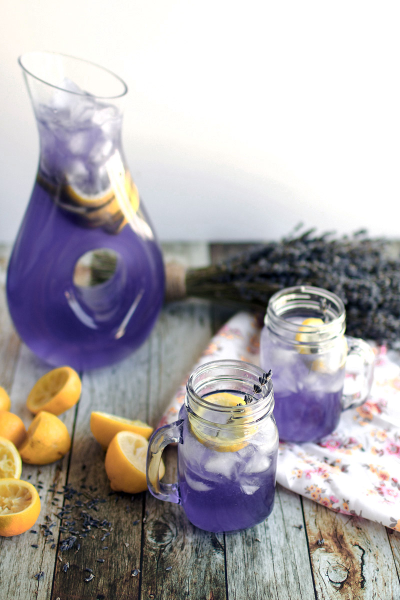 Fight Headaches & Anxiety With Lavender Lemonade